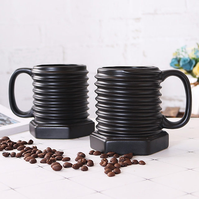 Screw Pattern Mug
