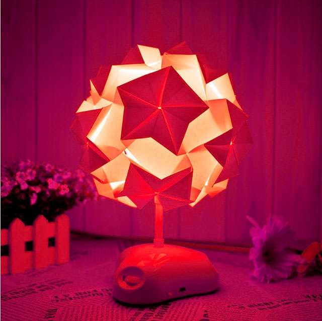 Origami - Paper Folding Mysterious Desk Lamp AKARI