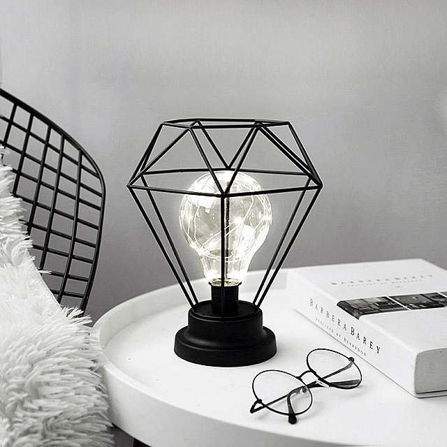 Delightful Simple Iron Diamond Lamp