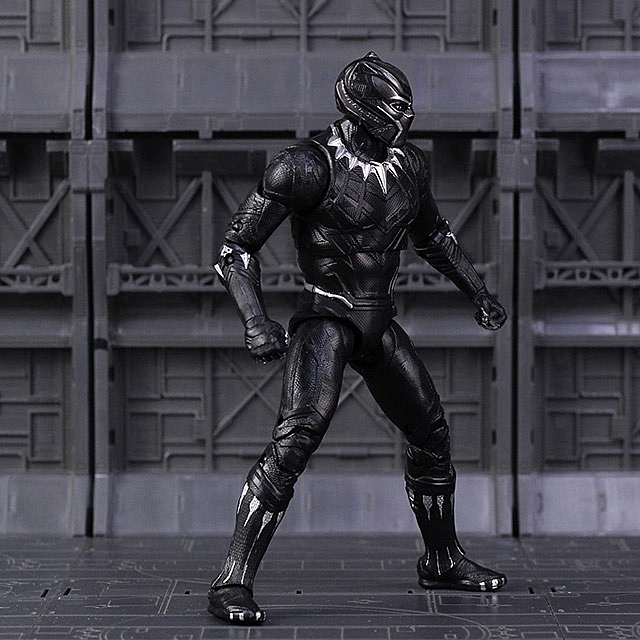 Black Panther 7-inch Figure
