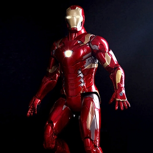 Iron Man 13-inch Figure