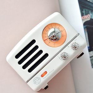 Retro Mini Metal FM Radio Bluetooth Speaker - White