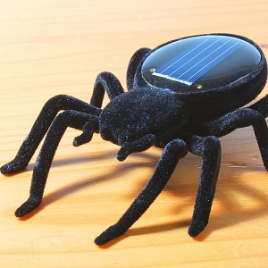 Super Tiny Solar Power Quaking Black Widow Spider